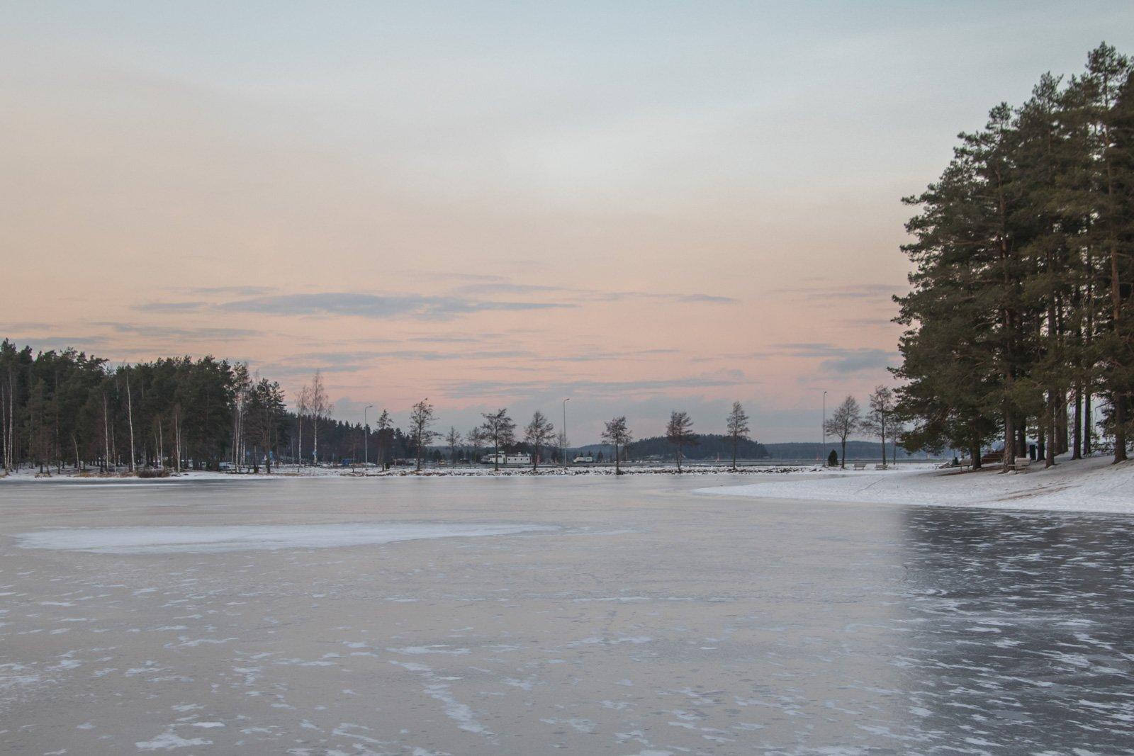 Tie Lammassaareen / Road to Lammassaari